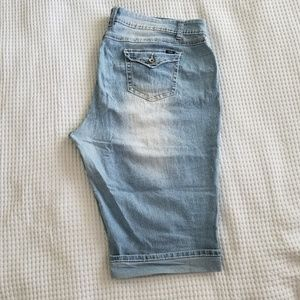 Angels Knee Length Shorts Plus Size 28w